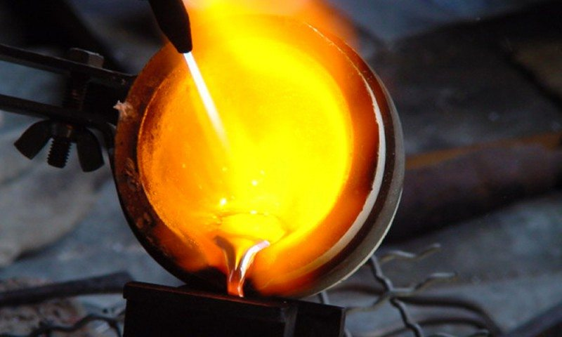 Goldsmiths Cape Town - smelting 18 carat gold in our Scarab Jewellery Studio